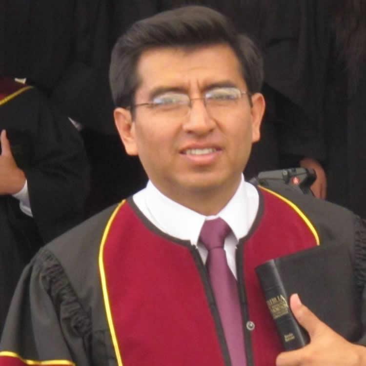 Pr. Erik Jiménez